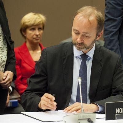 Trond Giske under ett EFTA-möte under hans period som handelsminister i juni 2013.