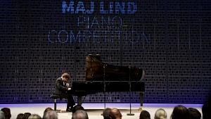 Venäläispianisti Ruslan Strogiy Maj Lind -pianokilpailussa 2017.