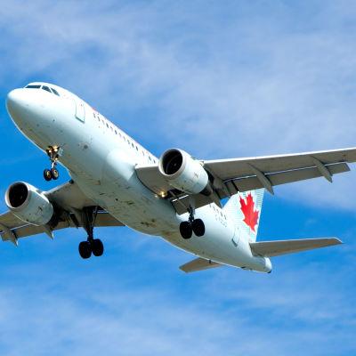Flygplan lyfter, Air Canada.