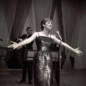 Miss Suomi 1961 Ritva Wächter Palapeli-ohjelmassa 28.1.1961