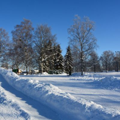 Liukumäki Vihiojanpuistossa.
