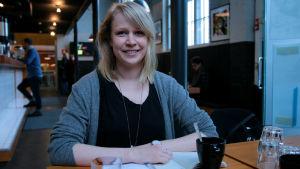 Taistolaisuutta tutkiva Liisa Lalu