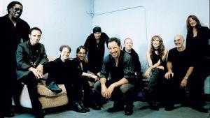 Bruce Springsteen ja The E Street Band. Dokumentin promokuva.