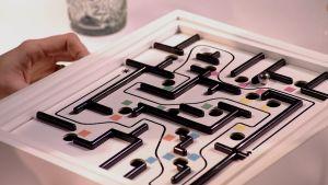 Det klassiska labyritspelet i Efter Nio-tappning.