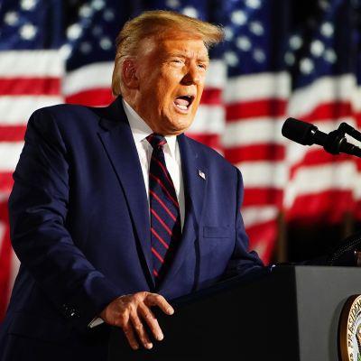 Kuvassa on Donald Trump.