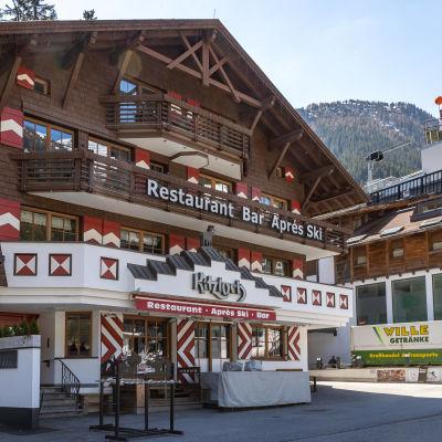 En alphyddeaktig restaurang i Ischgl, Österrike.