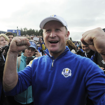 Jamie Donaldson firar Ryder Cup-seger.