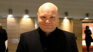Lappeenrannan laulukilpailun tv-asiantuntijana oli Petri Bäcktsröm.