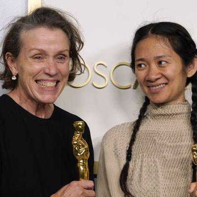 Frances McDormand kiittää ja ulvoo puheessaan Oscar-gaalassa