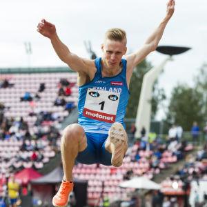 I september tävlade Kristian Pulli i Sverigekampen.