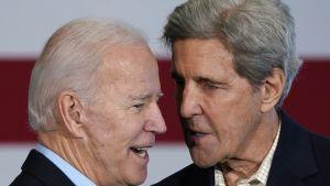 USA:s blivande president Joe Biden och hans kommande klimatsändebud John Kerry