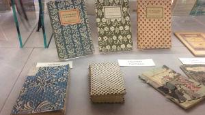 """""""Boken genom tiderna"""" , ny utställning på Åbo Akademis bibliotek"""