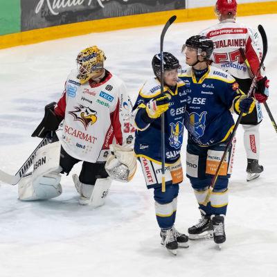 Jukurit firar mål mot Vasa Sport.