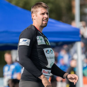 Antti Ruuskanen ser bekymrad ut.