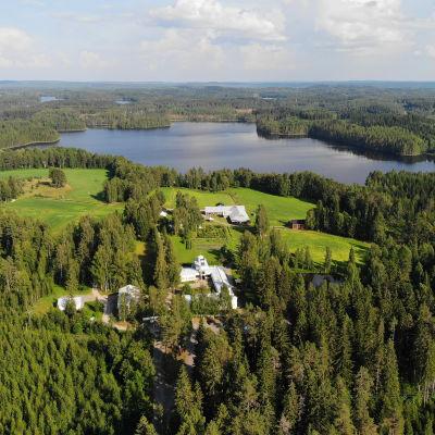 Lintulan Pyhän kolminaisuuden luostari Heinävedellä.