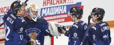 Finland jublar efter seger mot Ryssland i EHT-turneringen.