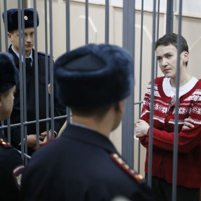 ukrainsk fängslad helikopterpilot