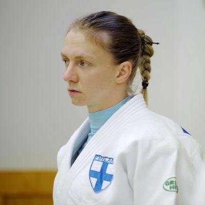 Jaana Sundberg försöker nå en plats till OS i Rio.