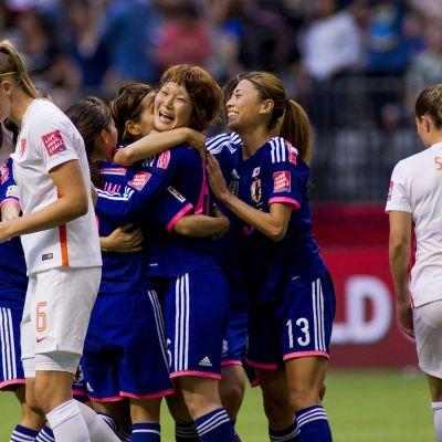 FIFA naisten mm-kisat, japani, hollanti, Mizuho Sakaguchi ja Rumi Utsug