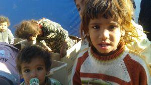 Barn i flyktinglägret Takiya, Irak, i december 2015