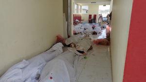 Offer för gårdagens bombattentat i Pol-e-Alam, huvudstaden i Lowgar-provinsen, fotograferade idag.
