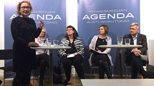 Anu Koivunen, Jenny Stenberg-Sirén, Mikaela Nylander, Marit af Björkesten, Lauri Kivinen