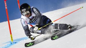 Markus Sandell i storslalomtävlingen i St. Moritz.