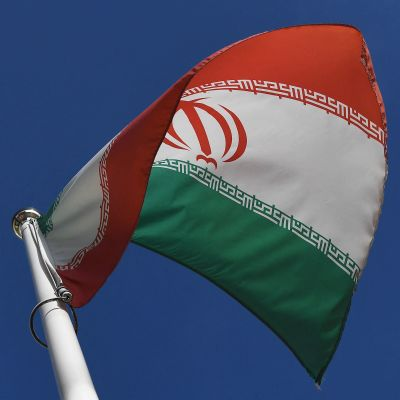 Den iranska flaggan fladdrade utanför IAEA:s huvudkvarter i Wien i mars 2021.