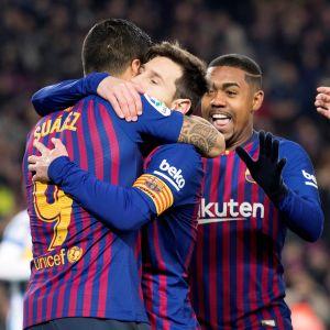 FC Barcelona firar mål.
