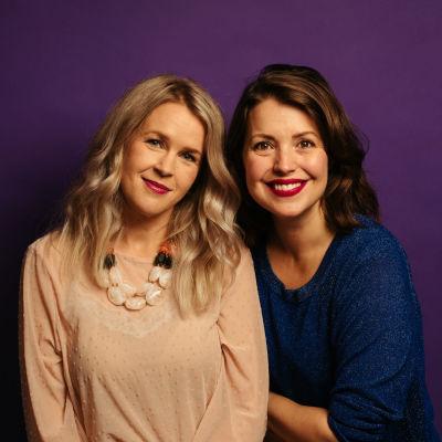 Hannah Norrena och Eva Frantz ser glada ut.