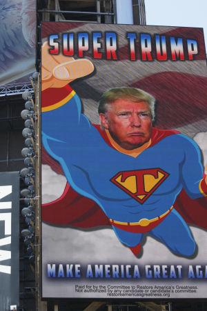 En ny valaffisch från Trumps kampanj på Times Square i New York 14.9.2016