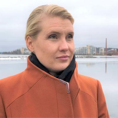 Päijät-Hämeen maakuntajohtaja Laura Leppänen Lahden satamassa