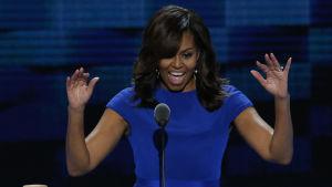 Michelle Obama talar vid demokraternas partikonvent i Philadelphia 25.7.2016