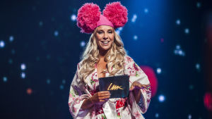 Krista Siegfrids Uuden Musiikin Kilpailussa Karsinta 3:ssa.