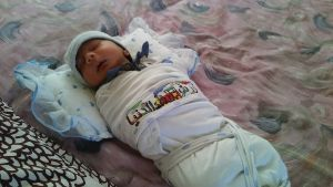 En nyfödd baby på flyktingförläggningen som ska stänga  i raseborg