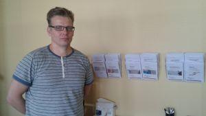Juha Kröger är vårdare på serviceenheten för narkomaner på Munkholmen.
