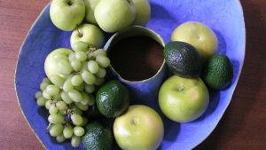 O formad skål med frukter