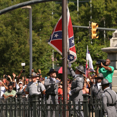10. 7. 2015 Sydstatsflaggan halas ned i South Carolina för gott.