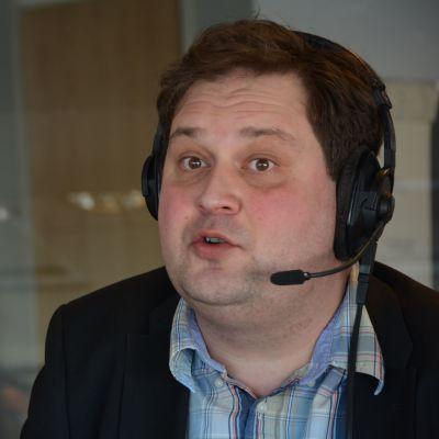 kiinteistövälittäjä Jethro Rostedt