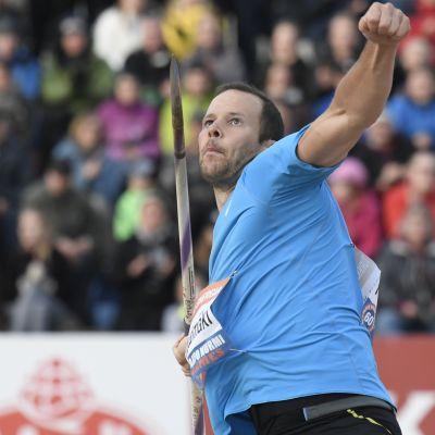 Tero Pitkämäki kastar spjut för Finland.