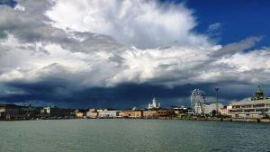 Myrskypilvet Helsingin yllä