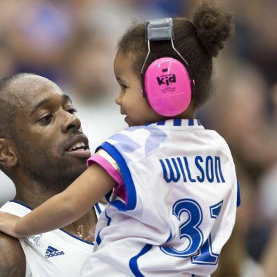 Jamar Wilson ja lapsi