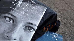 Boken om Charlotte Rampling.