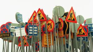 Liikennemerkkiviidakko