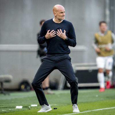 FC Köpenhamns tränare Ståle Solbakken gav på onsdagen direktiv till sina spelare.