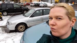 Programledaren Katarina Lind fundersam i Gammelbacka
