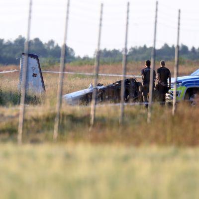 Ett flertal personer har omkommit i olyckan, uppger polisen.
