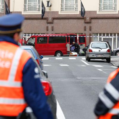 Polisbevakning efter terrorvarning i Bryssel.