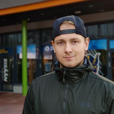Mikko Kokkonen pelaa alkavan liigakauden kasvattajaseurassaan Jukureissa.