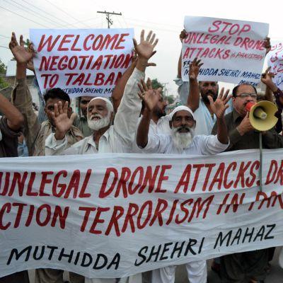 Demonstration mot drönarattack i Multan i norra Waziristan den 31 augusti 2013.